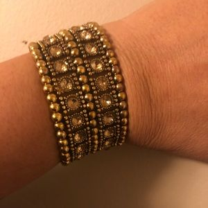 Gorgeous fashion bracelet